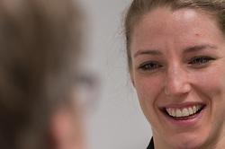 20-03-2016 FRA: Women's Olympic Qualification Tournament Pressmoment Netherlands, Metz<br /> Persmoment met het Nederlands team / Nycke Groot #17
