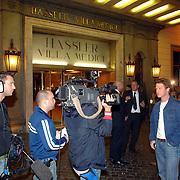 ITA/Rome/20061117 - Huwelijk Tom Cruise en Katie Holmes, amerikaanse cameraploegen zenden live uit