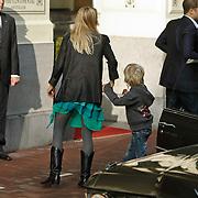 NLD/Amsterdam/20101012 - Herdenkingsdienst overleden Antonie Kamerling, Liesbeth Kamerling en zoon Valentijn