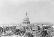 0303-08 Capitol, Washington DC. 1920s