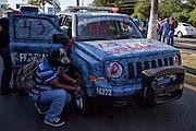 """Protestas por la desaparición forzada de 43 estudiantes de la Escuela Normal Rural """"Raúl Isidro Burgos"""" ocurrida el 26 de septiembre de 2014. <br /> Toma del aeropuerto de Acapulco, Guerrero, 10 de febrero de 2015.<br /> (Foto: Prometeo Lucero)"""