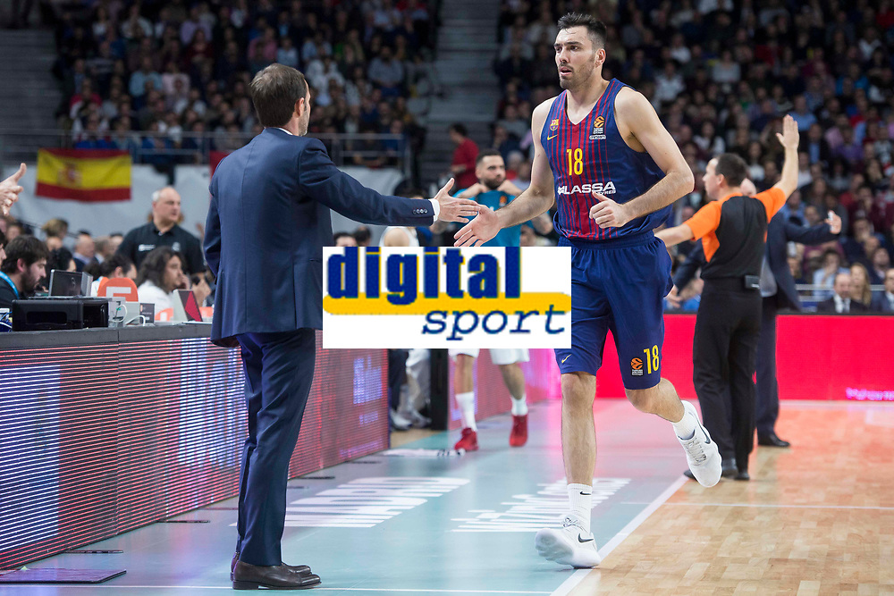 FC Barcelona Lassa coach Sito Alonso and Pierre Oriole during Turkish Airlines Euroleague match between Real Madrid and FC Barcelona Lassa at Wizink Center in Madrid, Spain. December 14, 2017. (ALTERPHOTOS/Borja B.Hojas)