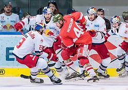16.09.2018, Eisarena, Salzburg, AUT, EBEL, EC Red Bull Salzburg vs HCB Suedtirol Alperia, 2. Runde, im Bild v.l.: Brant Harris (EC Red Bull Salzburg), Alexander Pallestrang (EC Red Bull Salzburg), Markus Nordlund (Bozen), Layne Viveiros (EC Red Bull Salzburg), Dario Winkler (EC Red Bull Salzburg) // during the 2nd round for the Erste Bank Icehockey league between EC Red Bull Salzburg and HCB Suedtirol Alperia at the Eisarena in Salzburg, Austria on 2018/09/16. EXPA Pictures © 2018, PhotoCredit: EXPA/ JFK