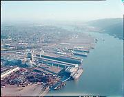 "ackroyd_C07220-21. ""Port of Portland. aerials. December 14, 1988"" (old Oregon Shipyard site, St. Johns, DEQ Site ID 2355, International Terminals, North Burgard Industrial Park, Old Oregon Shipyard, Schnitzer Burgard Industrial Park)"