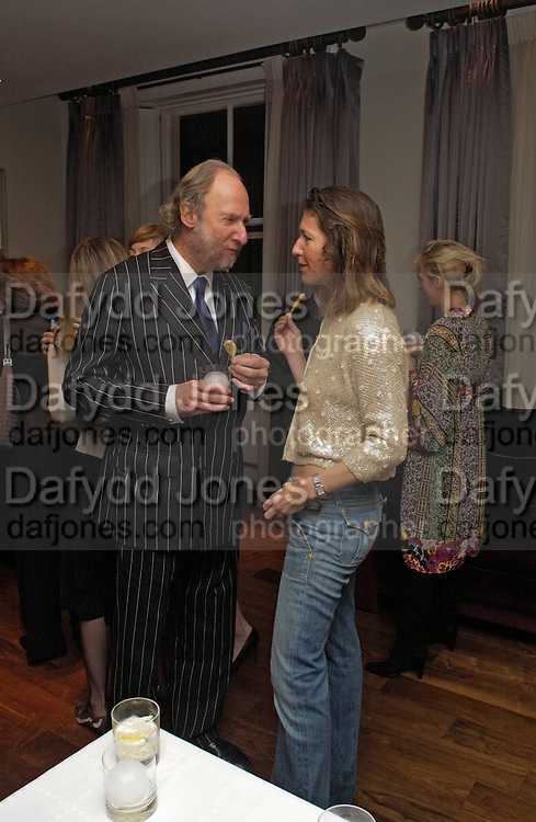 Ed Victor and Michelle Lavery, Party to celebrate the publication of 'Rita's Culinary Trickery' by Rita Konig. Morton's. 18 November 2004.  ONE TIME USE ONLY - DO NOT ARCHIVE  © Copyright Photograph by Dafydd Jones 66 Stockwell Park Rd. London SW9 0DA Tel 020 7733 0108 www.dafjones.com