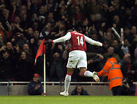 Photo: Olly Greenwood.<br />Arsenal v Newcastle United. The Barclays Premiership. 18/11/2006. Arsenal's Thierry Henry celebrates scoring