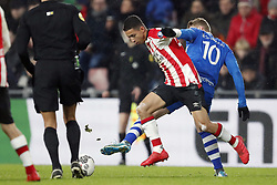 (L-R) Mauro Junior of PSV, Stef Nijland of PEC Zwolle, during the Dutch Eredivisie match between PSV Eindhoven and PEC Zwolle at the Phillips stadium on February 03, 2018 in Eindhoven, The Netherlands