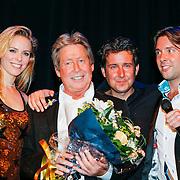 NLD/Zeist/20121121 - Uitreiking Gouden Eeuw Award aan Hans Kazan, en kinderen