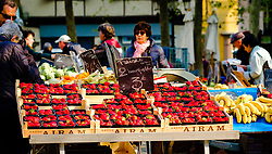 Fresh strawberries for sale in a farmer's market in the Place Carnot in the town of Carcassonne, France<br /> <br /> (c) Andrew Wilson | Edinburgh Elite media