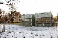 15 JAN 2002, POTSDAM/GERMANY:<br /> Truman-Haus, Gebaeude der Friedrich-Naumann-Stiftung, Karl-Marx-Strasse<br /> IMAGE: 20020115-02-003<br /> KEYWORDS: Gebäude, Haus