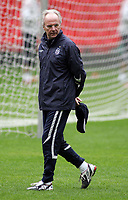 Photo: Paul Thomas.<br /> England Training Session. 29/05/2006.