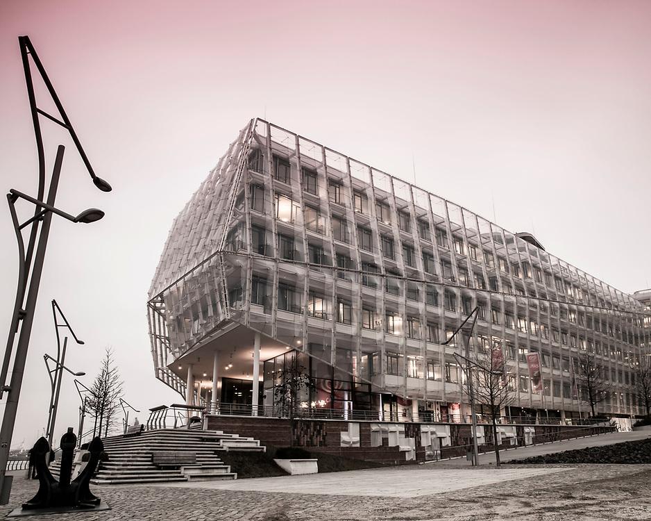 Marco Polo Tower und Unilever Haus in der HafenCity in Hamburg