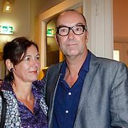NLD/Amsterdam/20121004- Boekpresentatie Tommy Wieringa  - Dit Zijn de Namen, Bart Chabot en partner Jolanda van den Burg