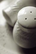 salt and pepper shakers verticle