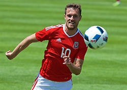 VALE DO LOBO, PORTUGAL - Sunday, May 29, 2016: Wales' Aaron Ramsey during a Wales v Wales training match on day six of the pre-UEFA Euro 2016 training camp at the Vale Do Lobo resort in Portugal. (Pic by David Rawcliffe/Propaganda)
