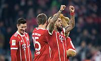 Schlussjubel v.l. Robert Lewandowski, Thomas Mueller, Arturo Vidal (Bayern) <br />Muenchen, 27.01.2018, Fussball Bundesliga, Bayern Muenchen - TSG 1899 Hoffenheim 5:2<br /> <br /> Norway only