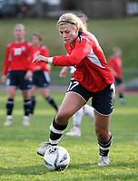 Fotball<br /> EM-kvalifisering J19<br /> 27.04.2006<br /> Norge v Polen<br /> Foto: Kurt Pedersen - Digitalsport<br /> <br /> Stine Sannæs Norge