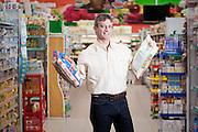 Ituiutaba_MG, Brasil...Comercio varejista de supermercado da cidade de Ituiutaba, Minas Gerais. Na foto o diretor do supermercado...The supermarket in Ituiutaba, Minas Gerais. In this photo, the supermarket director...Foto: BRUNO MAGALHAES / NITRO