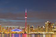 60912-00117 City Skyline at dusk Toronto, ON Canada