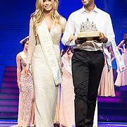 NLD/Hilversum/20131208 - Miss Nederland finale 2013, Stephanie Tency en de Kroon