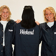 Weekend promotie meisjes met nieuwe jassen