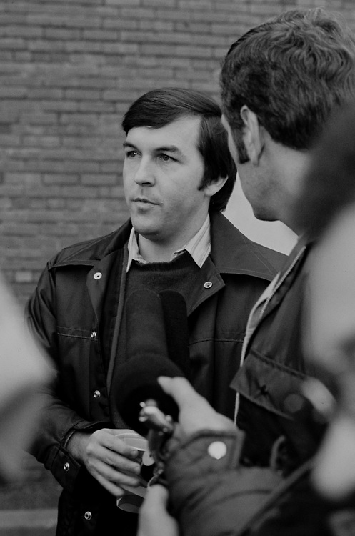 """In 1970, at the age of 26, Jordan ran Jimmy Carter's successful gubernatorial campaign, which included a Democratic primary election fight against former Governor Carl Sanders and a less eventful general election against the Republican Hal Suit. While serving as Governor Carter's executive assistant, Jordan wrote a lengthy memorandum detailing a strategy for winning the 1976 Democratic Primary. Years later, Jordan's memo served as the """"game plan"""" for Carter's 1976 presidential bid."""