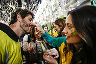 Ambiance Brazil fans at Nikolskaya Plaza during the 2018 FIFA World Cup Russia on June 13, 2018 in Moscow, Russia - Photo Thiago Bernardes / FramePhoto / ProSportsImages / DPPI