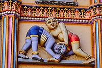 Inde, Etat de Gujarat, Ahmedabad, classé Patrimoine Mondial de l'UNESCO, temple hindou de Swaminarayan, sculpture // India, Gujarat, Ahmedabad, Unesco World Heritage city, Swaminarayan hindou temple, details of sculpture