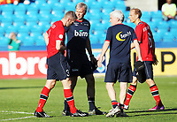 Fotball , 11. juni 2013 , Privatkamp , Norge - Makedonia<br /> Norway - FYR Macedonia<br /> <br /> Kjetil Wæhler  ,  Norge av banen med skade