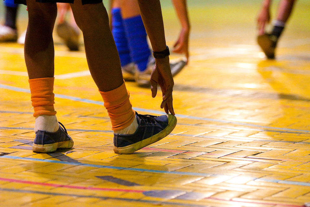 Belo Horizonte_MG, 02/03/2007...Jovens do projeto Fica Vivo jogando futebol...Youngs of Fica Vivo project playing football...Foto: LEO DRUMOND / NITRO