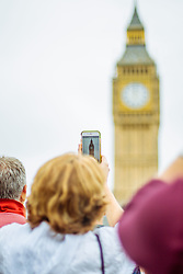 21 August 2017 London : scenes around Westminster as Big Ben chimes for the final time until 2021 at midday today:<br /> Photo: Chloe Knott