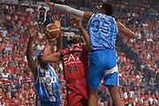 DESCRIZIONE :  Lega A 2014-15  EA7 Milano -Banco di Sardegna Sassari playoff Semifinale gara 7<br /> GIOCATORE : Samuels Samardo<br /> CATEGORIA : Low Tiro Equilibrio<br /> SQUADRA : EA7 Milano<br /> EVENTO : PlayOff Semifinale gara 7<br /> GARA : EA7 Milano - Banco di Sardegna Sassari PlayOff Semifinale Gara 7<br /> DATA : 10/06/2015 <br /> SPORT : Pallacanestro <br /> AUTORE : Agenzia Ciamillo-Castoria/Richard Morgano<br /> Galleria : Lega Basket A 2014-2015 Fotonotizia : Milano Lega A 2014-15  EA7 Milano - Banco di Sardegna Sassari playoff Semifinale  gara 7<br /> Predefinita :