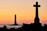 France, Manche (50), Cotentin, Cap de la Hague, Auderville, le port de Goury et le phare de Goury  // France, Normandy, Manche department, Cotentin, Cap de la Hague, Auderville, the port of Goury and the Goury lighthouse