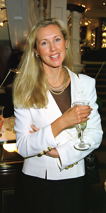 COUNTESS ALLESANDRO GUERRINI-MARALDI, she was Catrina Skepper, at a party in London on 18th May 1999.MSD 2