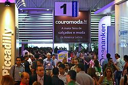 Jantar anual da ABLAC no primeiro dia da COUROMODA 2009, maior feira de calçados e acessórios de moda da América Latina, que acontece de 12 a 15 de janeiro, no Parque Anhembi, em São Paulo. FOTO: Jefferson Bernardes / Preview.com