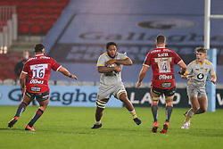 Levi Douglas of Wasps runs at Ed Slater and James Hanson of Gloucester Rugby  Mandatory by-line: Nick Browning/JMP - 28/11/2020 - RUGBY - Kingsholm - Gloucester, England - Gloucester Rugby v Wasps - Gallagher Premiership Rugby