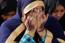 June 26, 2017 - Colombo, Sri Lanka - A Sri Lankan muslim girl prays during an Eid al-Fitr event to mark the end of the holy fasting month of Ramadan in Colombo, Sri Lanka Monday 26 June 2017  (Credit Image: © Tharaka Basnayaka/NurPhoto via ZUMA Press)