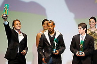"20091207: RIO DE JANEIRO, BRAZIL - Brazilian Football Awards 2009 (""Craque Brasileirao 2009""), held at the Museum of Modern Art in Rio de Janeiro. In picture: L-R - Petkovic (Flamengo) - Best left midfielder, Marcelinho Paraiba (Coritiba, 2nd) and Dario Conca (Fluminense, 3rd). PHOTO: CITYFILES"