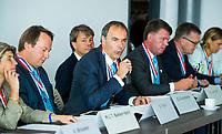 BREDA -  ALV KNHB.  . bondsbestuur. KNHB voorzitter  Erik Cornelissen .     COPYRIGHT  KOEN SUYK