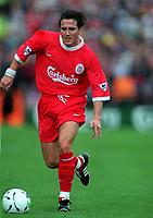 Fotball<br /> Norske spillere i England<br /> Foto: Colorsport/Digitalsport<br /> NORWAY ONLY<br /> <br /> Øyvind Leonhardsen (Liverpool) The Carlsberg Trophy . Lansdowne road, Dublin. 31/7/98