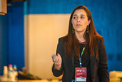 Morgana Laux apresenta a palestra no #FT17, Festival da Transformação 2017, realizado pela Associação dos Dirigentes de Marketing e Vendas do Rio Grande do Sul (ADVB-RS), na ESPM-Sul. Inspirado em alguns dos maiores eventos do mundo de inovação e tendências (SXSW, Cannes Lions e Burning Man), o #FT17 é maior hub de conteúdo da história de Porto Alegre.  Foto: Felipe Nogs  / Agência Preview