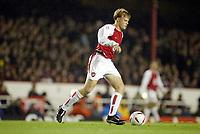 Fotball<br /> Carling Cup<br /> Arsenal v Wolverhampton 5-1<br /> 02.12.2003<br /> Frankie Simek - Arsenal<br /> Foto: Anders Hoven, Digitalsport