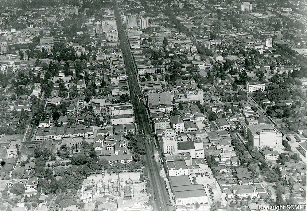 1926 Looking east from Hollywood Blvd. & La Brea Ave.