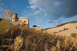 Antico casolare nella campagna di San Marco Lacatola, in provincia di Foggia