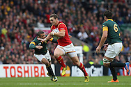 George North of Wales runs past Bryan Habana of South Africa. . Rugby World Cup 2015 quarter final match, South Africa v Wales at Twickenham Stadium in London, England  on Saturday 17th October 2015.<br /> pic by  John Patrick Fletcher, Andrew Orchard sports photography.