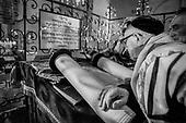 Modlitwa w synagodze Remuh