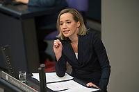 18 APR 2013, BERLIN/GERMANY:<br /> Kristine Schroeder, CDU, Bundesfamilienministerin, haelt eine REde, Debatte zur Einfuerhung von verbindlichen Frauen-Quoten fuer Aufsichtsraete, die Foerderung der Chancengleichheit von Maennern und Frauen, Plenum, Deutscher Bundestag<br /> IMAGE: 20130418-01-076<br /> KEYWORDS: Sitzung, Kristine Schröder