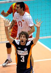29-05-2010 VOLLEYBAL: EK KWALIFICATIE MACEDONIE - NEDERLAND: ROTTERDAM<br /> Nederland verslaat Macedonie met 3-0 / Yannick van Harskamp<br /> ©2010-WWW.FOTOHOOGENDOORN.NL