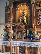 """Ołtarz główny kaplicy Korniłowiczów """"Księżówce"""" w Zakopanem."""