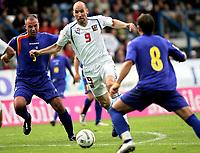 ◊Copyright:<br />GEPA pictures<br />◊Photographer:<br />Thomas Karner<br />◊Name:<br />Koller<br />◊Rubric:<br />Sport<br />◊Type:<br />Fussball<br />◊Event:<br />FIFA WM 2006, Qualifikation, Tschechien vs Andorra, CZE vs AND<br />◊Site:<br />Liberec, Tschechien<br />◊Date:<br />04/06/05<br />◊Description:<br />Toni Lima (AND), Jan Koller (CZE)<br />◊Archive:<br />DCSTK-0406054023<br />◊RegDate:<br />05.06.2005<br />◊Note:<br />OK/JM - Nutzungshinweis: Es gelten unsere Allgemeinen Geschaeftsbedingungen (AGB) bzw. Sondervereinbarungen in schriftlicher Form. Die AGB finden Sie auf www.GEPA-pictures.com.<br />Use of picture only according to written agreements or to our business terms as shown on our website www.GEPA-pictures.com